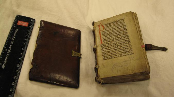 Figure 1, Auckland Libraries, Sir George Grey Special Collections, Med. MS G.140, binding showing detached upper board.